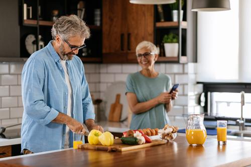 Comment éviter la dénutrition chez les seniors?