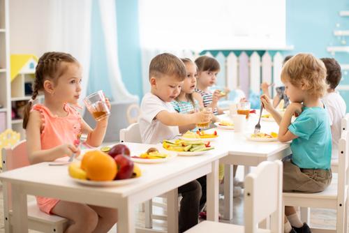 Allergies alimentaires sévères chez l'enfant: quels facteurs en cause?
